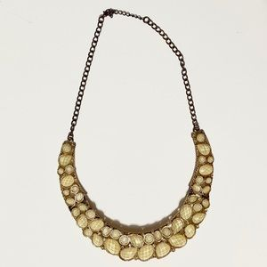 ✨2/$20 🎷Gold Statement Necklace